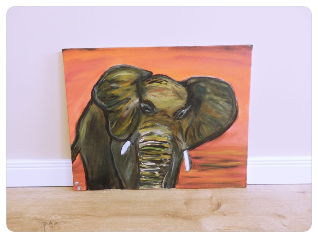 Slon ~ Elephant